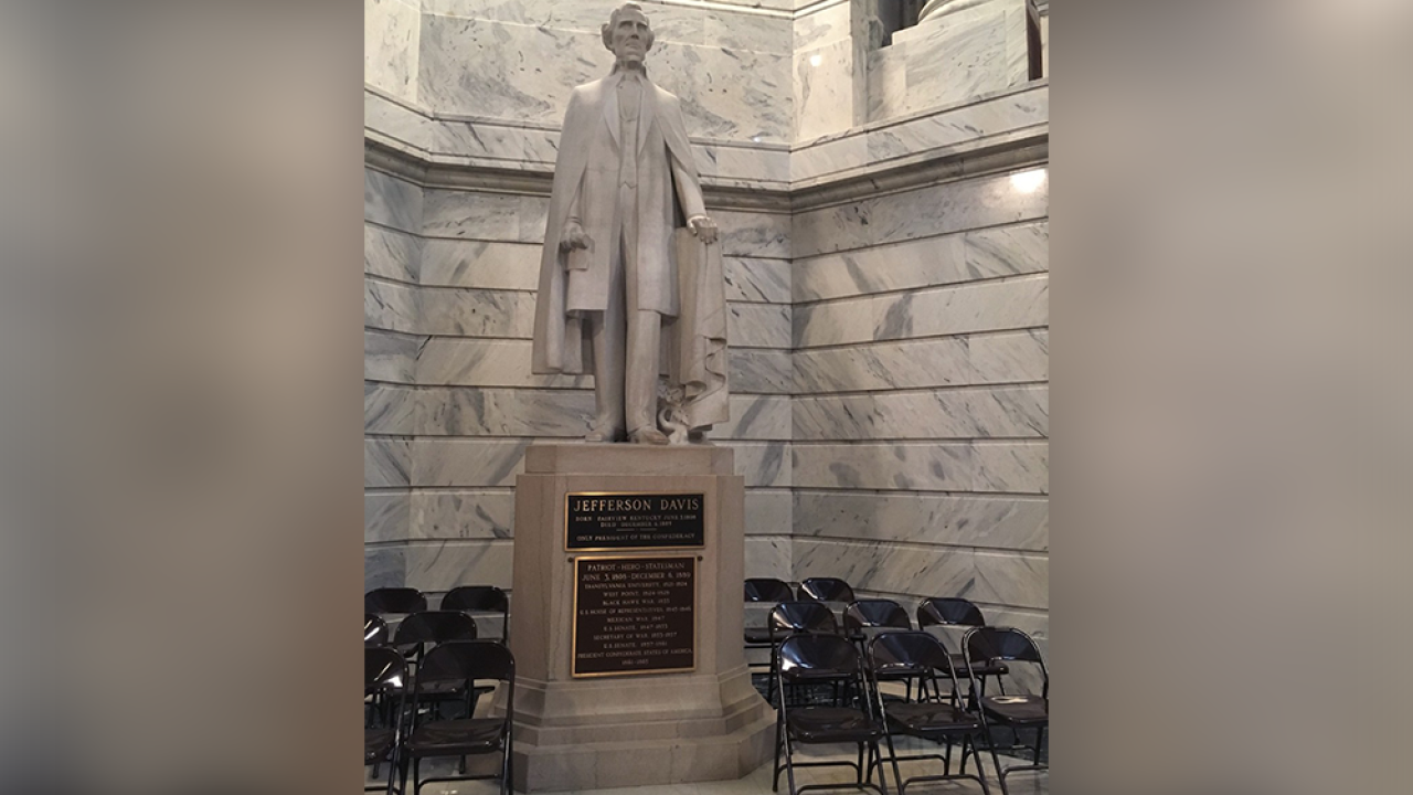 Kentucky governor calls for removal of Confederate statue from state capitol