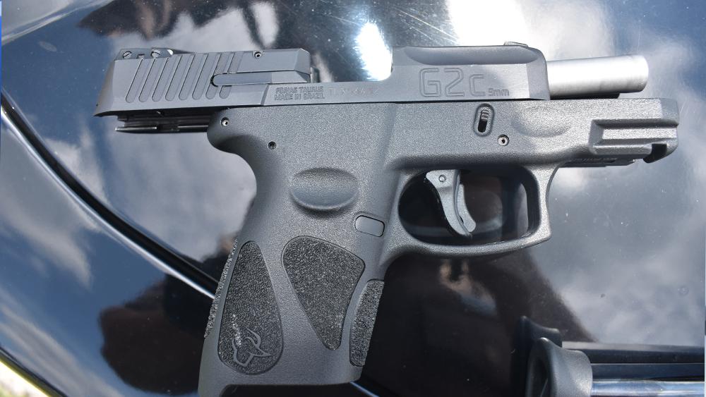 road-rage-arrest-gun.png