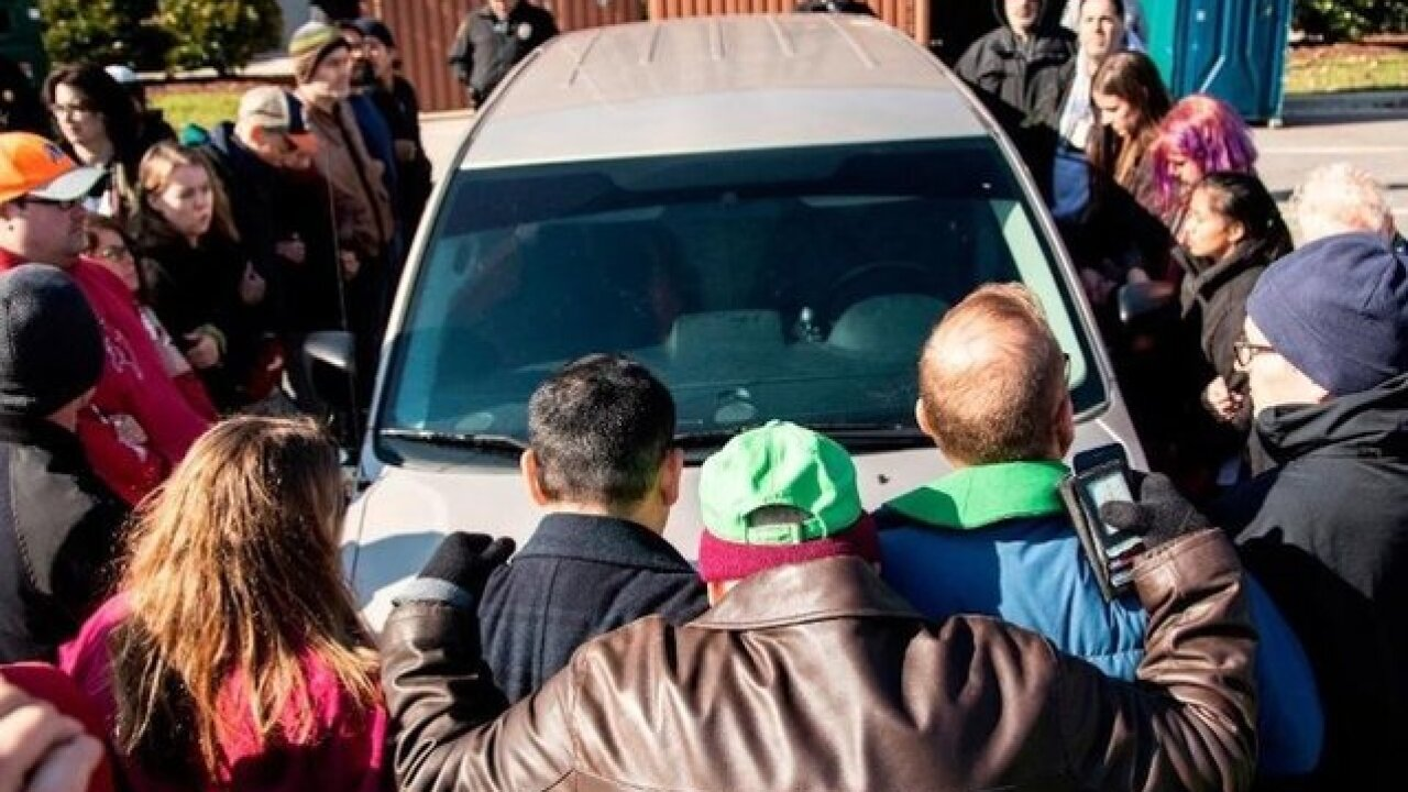 Undocumented man who had been living in sanctuary arrested on way to meet immigration officials