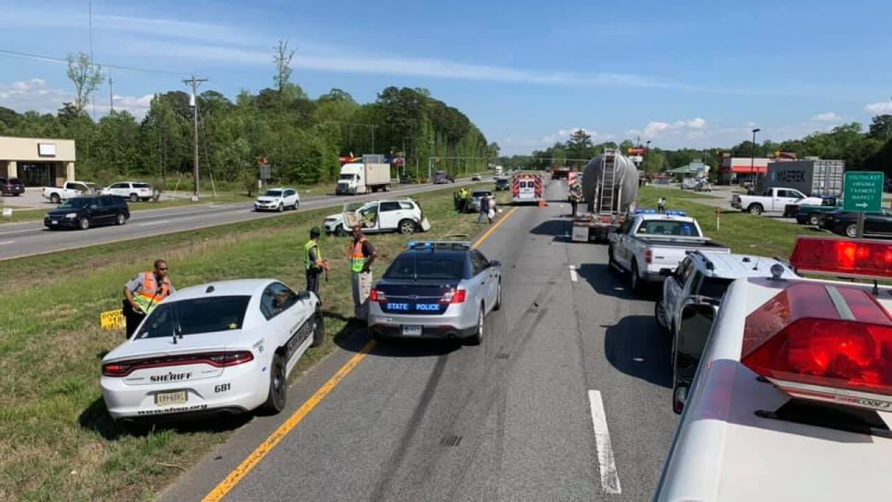 3-vehicle crash shuts down section of US-58 in Courtland
