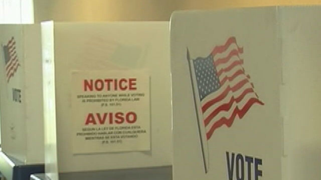 Judge orders 32 Florida counties to help Puerto Rican voters