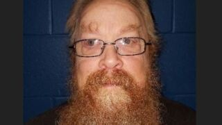 Registered sex offender accused of trying to lure 13-year-old into his vehicle to see puppy