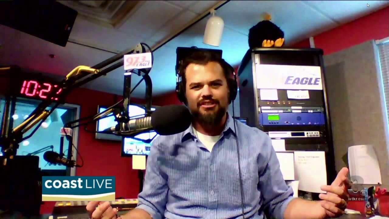 Country music news with Cash from 97.3 The Eagle on CoastLive