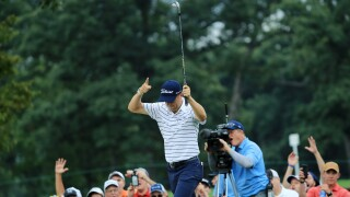 Justin Thomas crushes Medinah with 61 and takes six-shot lead