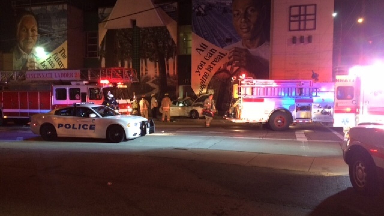 Man dies in North Fairmount crash, brother in ER