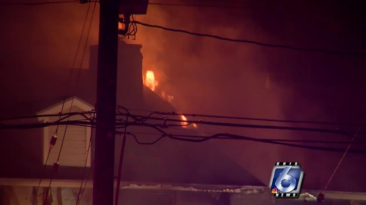Calallen apartment fire 3 0816.jpg