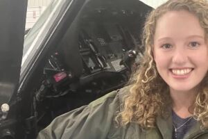 Montana pilot, 19, fighting California wildfires