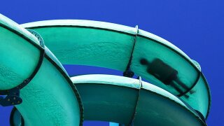 Cold weather shuts down many Florida water parks