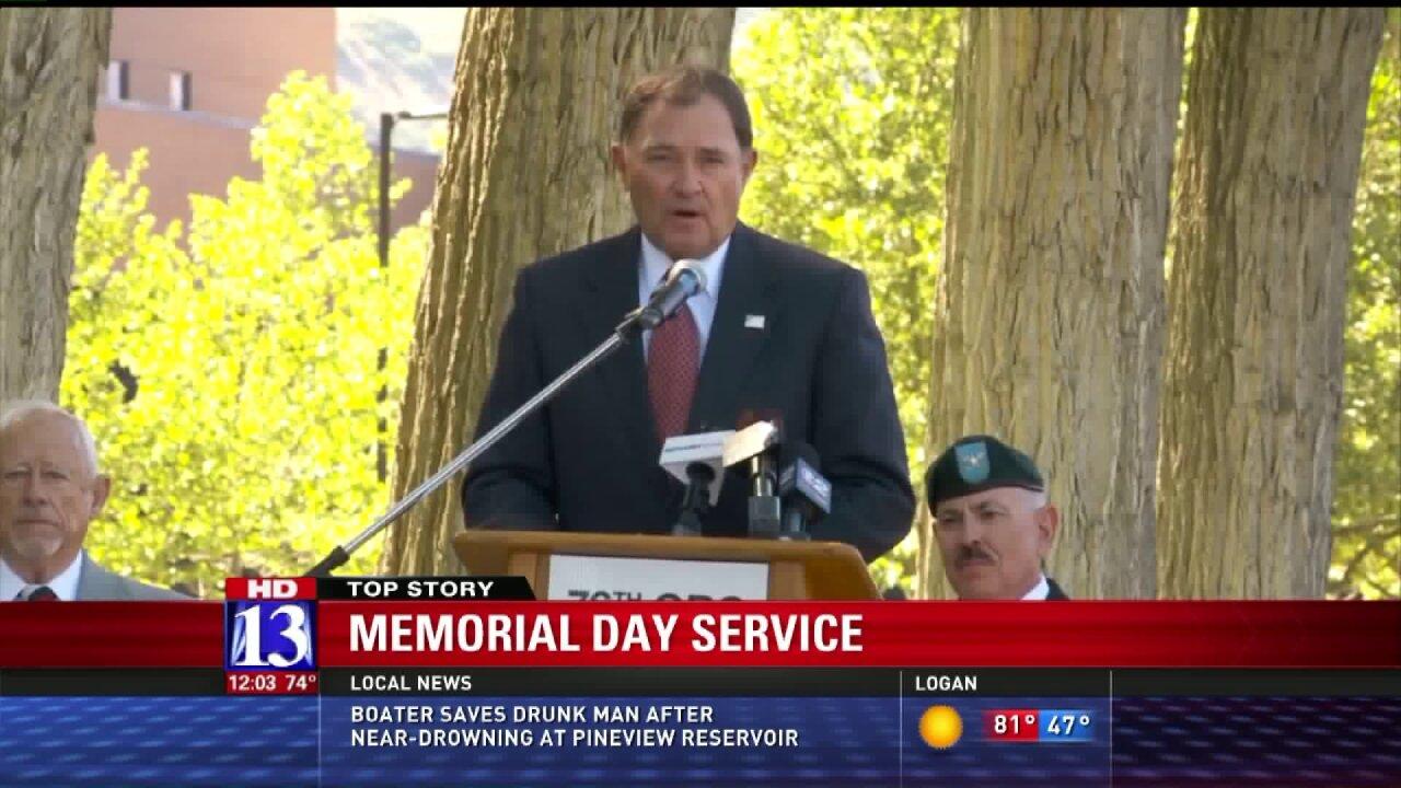 Veterans, non-veterans alike remember MemorialDay
