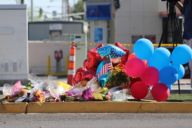 PHOTOS: Memorials honor Las Vegas shooting victims