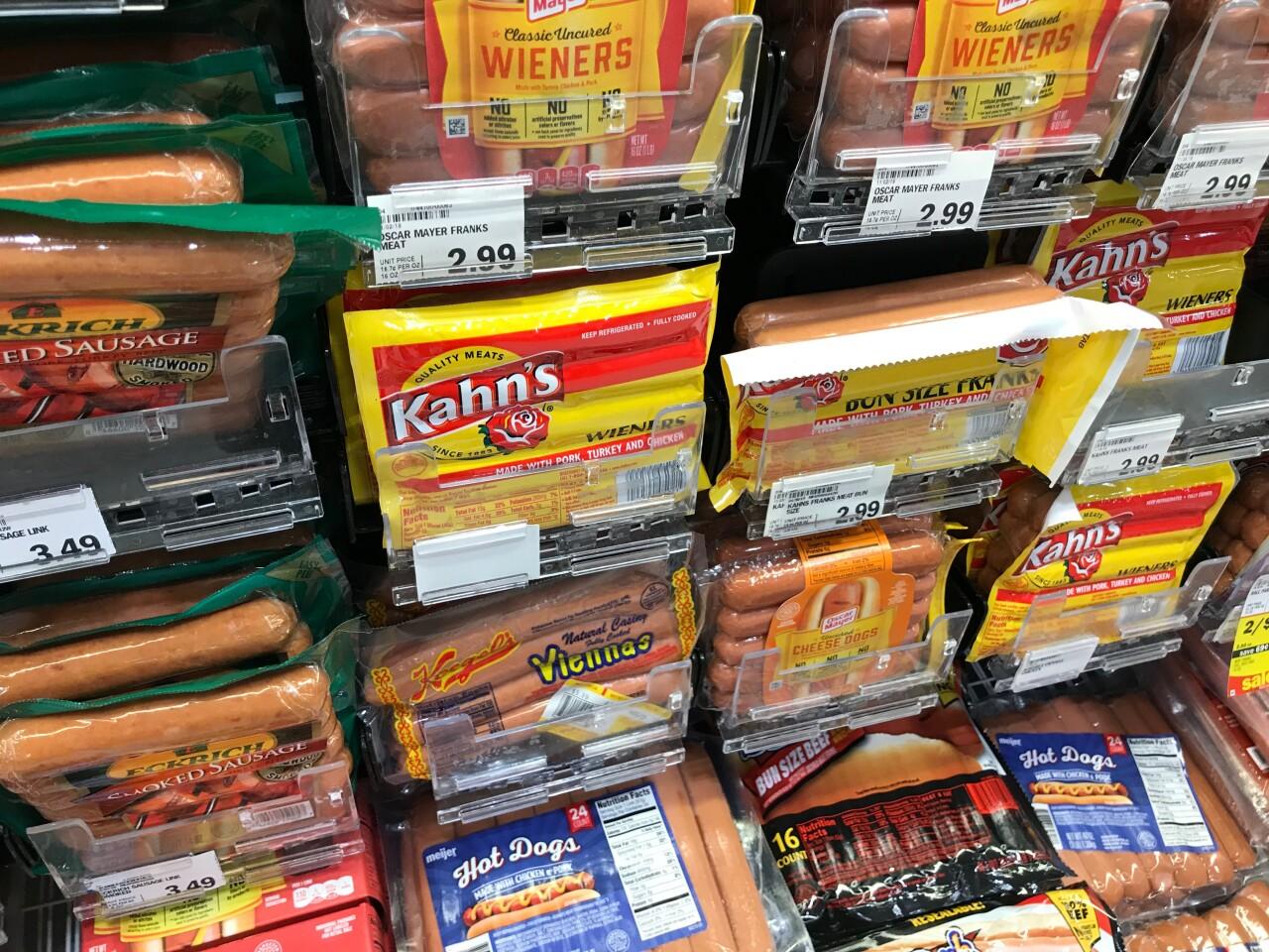 Kahn's hot dogs