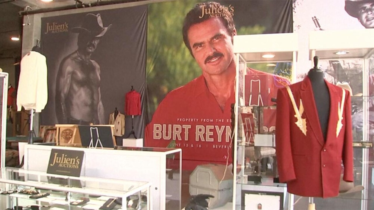 WPTV-BURT-REYNOLDS-AUCTION.jpg