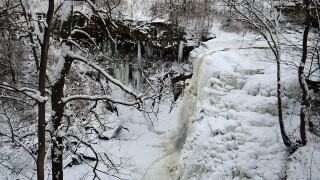 PHOTOS: Jaw-dropping frozen waterfalls of Northeast Ohio