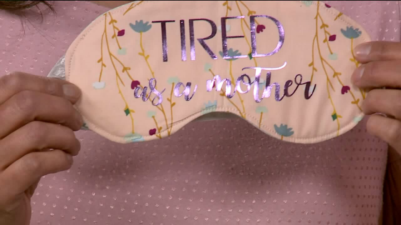 Homemade Gift Idea: Sleeping Masks for Sewing Beginners
