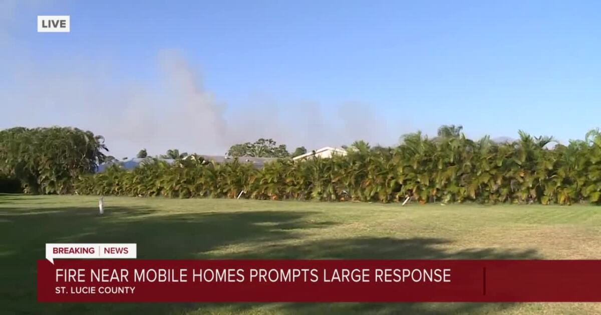 Firefighters battle fire near Spanish Lakes community in Port St. Lucie