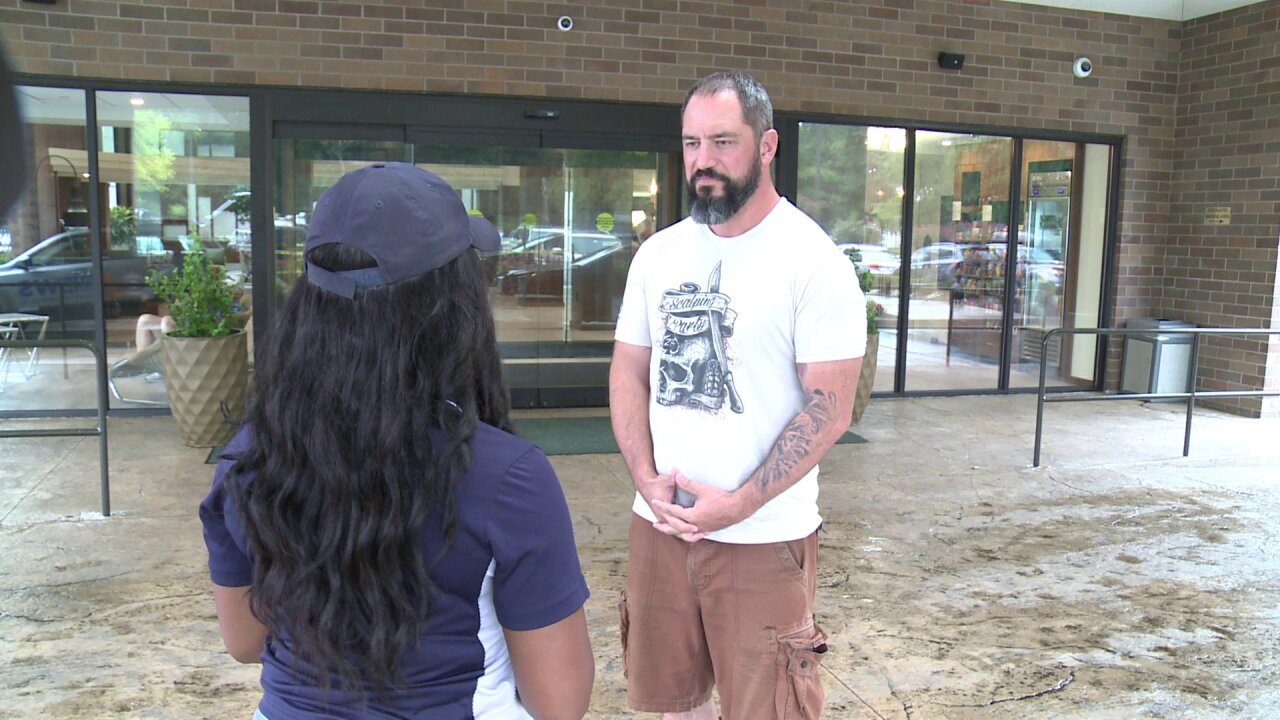 Man says quick-thinking guests pulled boy from Henricopool