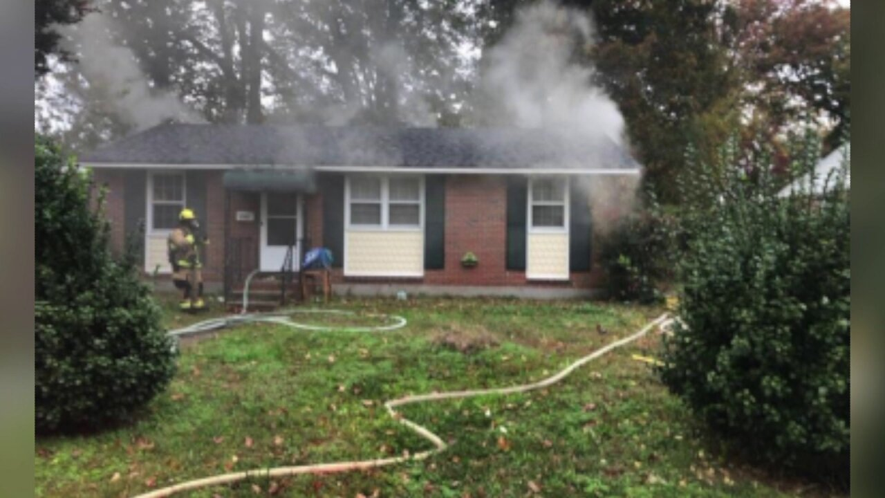 5 children, 3 adults without a home after Chesapeakefire
