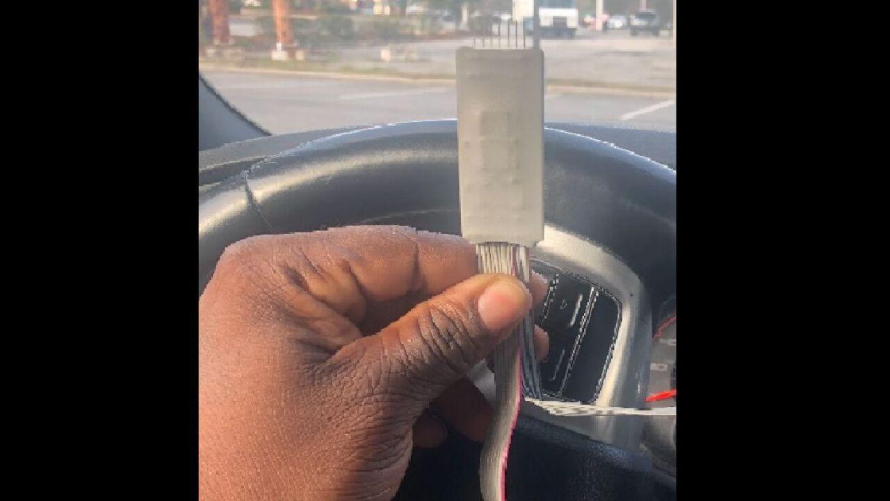 Find A Gas Station >> Police Find Credit Card Skimmer At Gas Station