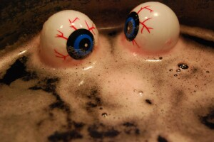 6 scary drinks to serve at your Halloween party