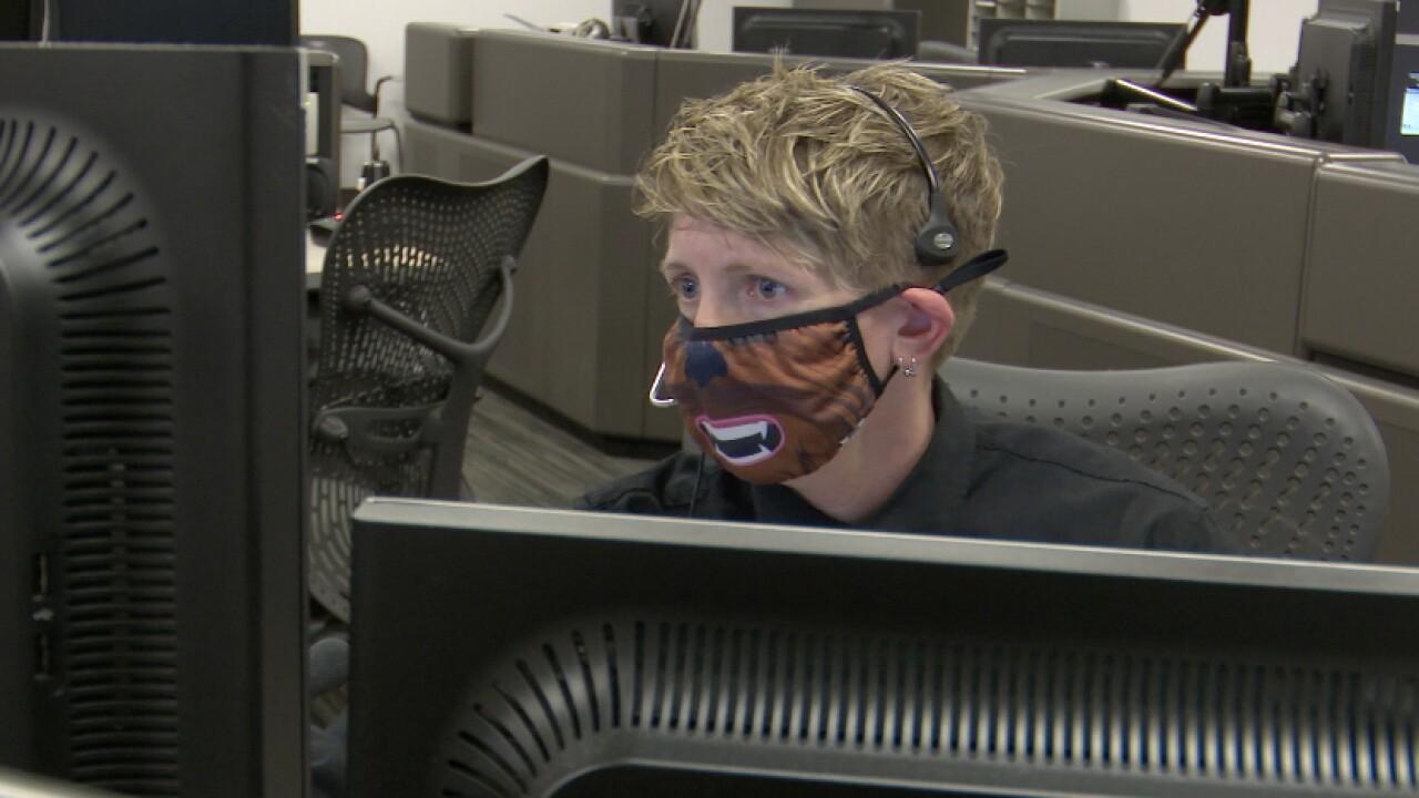 911 dispatcher.jpg
