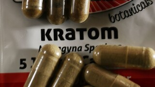 0272771b04 CDC  28 sick in outbreak linked to kratom