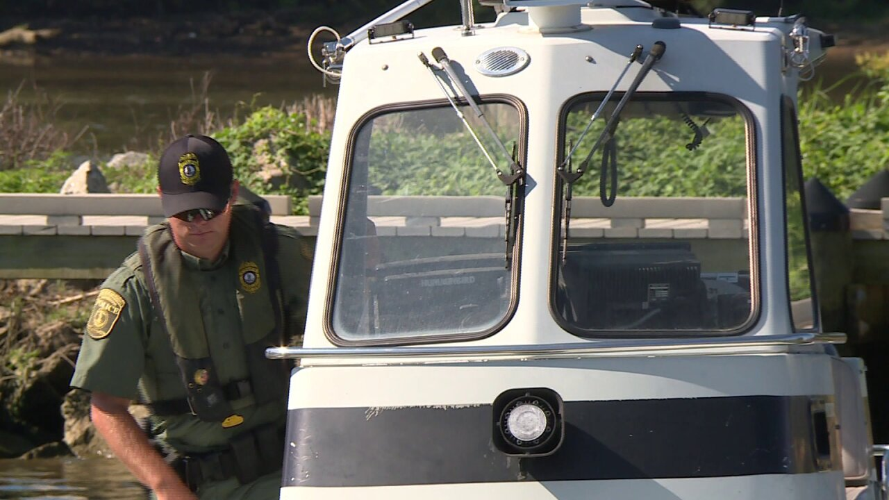 Man's body recovered from James River, ending missing boatersearch