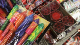Armed man tries to rob fireworks stand, shot with his own gun by an employee