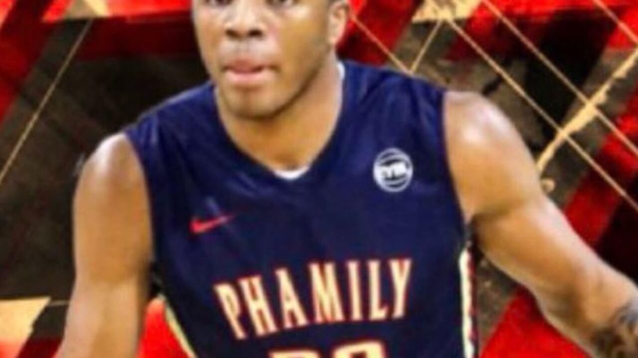 Report: UA basketball recruit to skip college