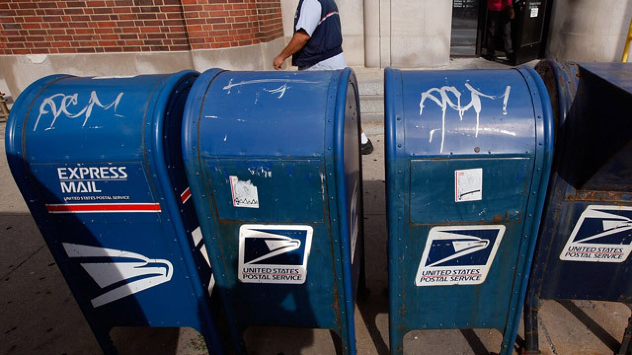 Report: Inspectors investigating thefts from blue USPS boxes south