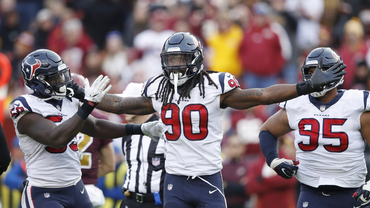 Jadeveon_Clowney_Houston Texans v Washington Redskins