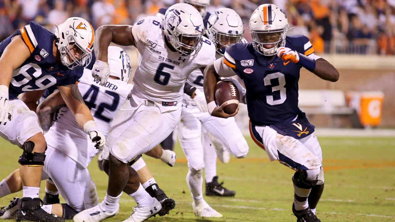 No. 21 Virginia football avoids upset by ODU, comes back in the fourth quarter