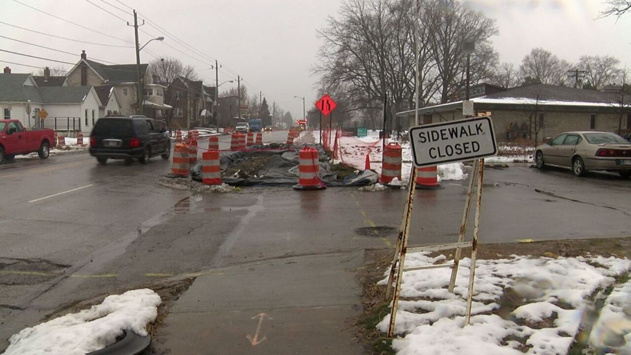 sidewalk closed.JPG