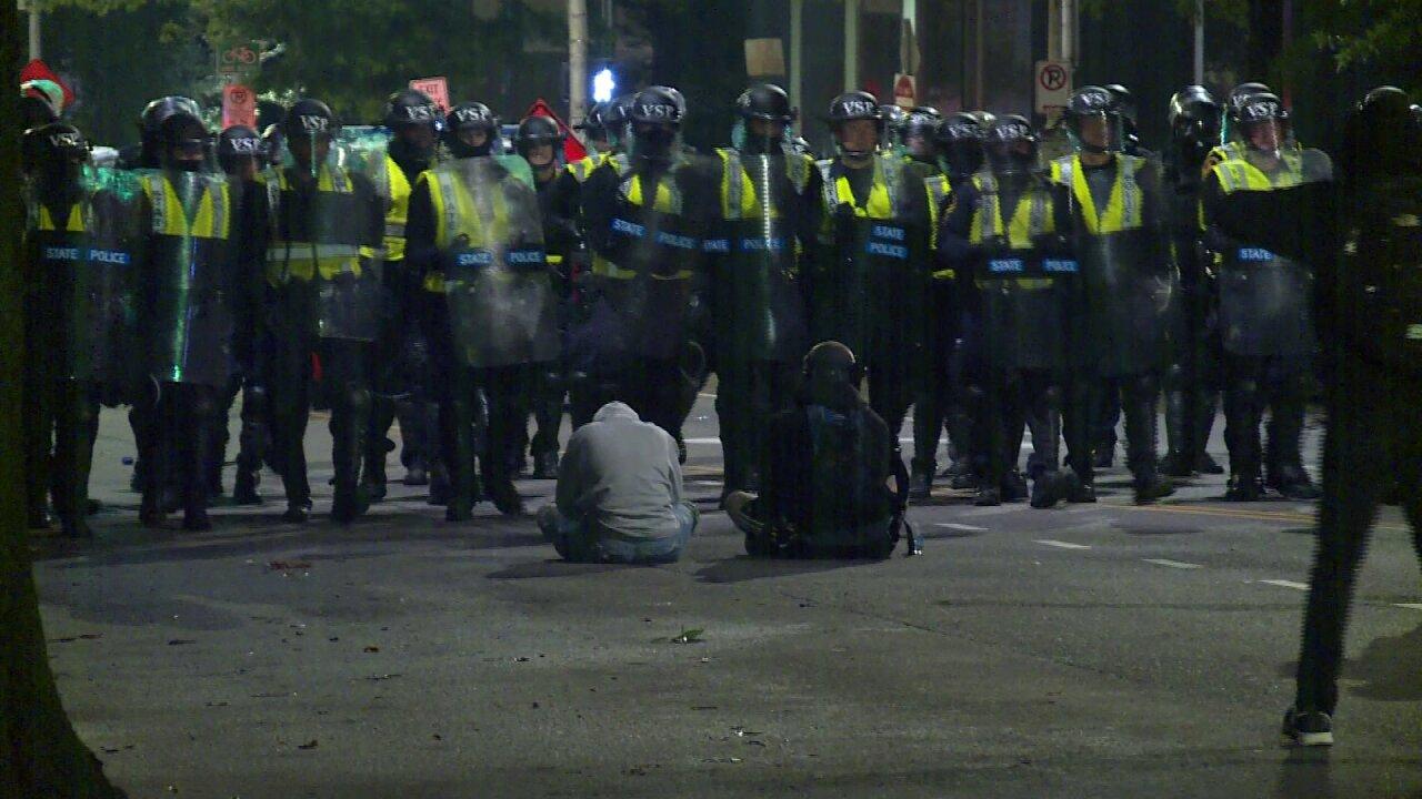 Police-standoff3.jpeg