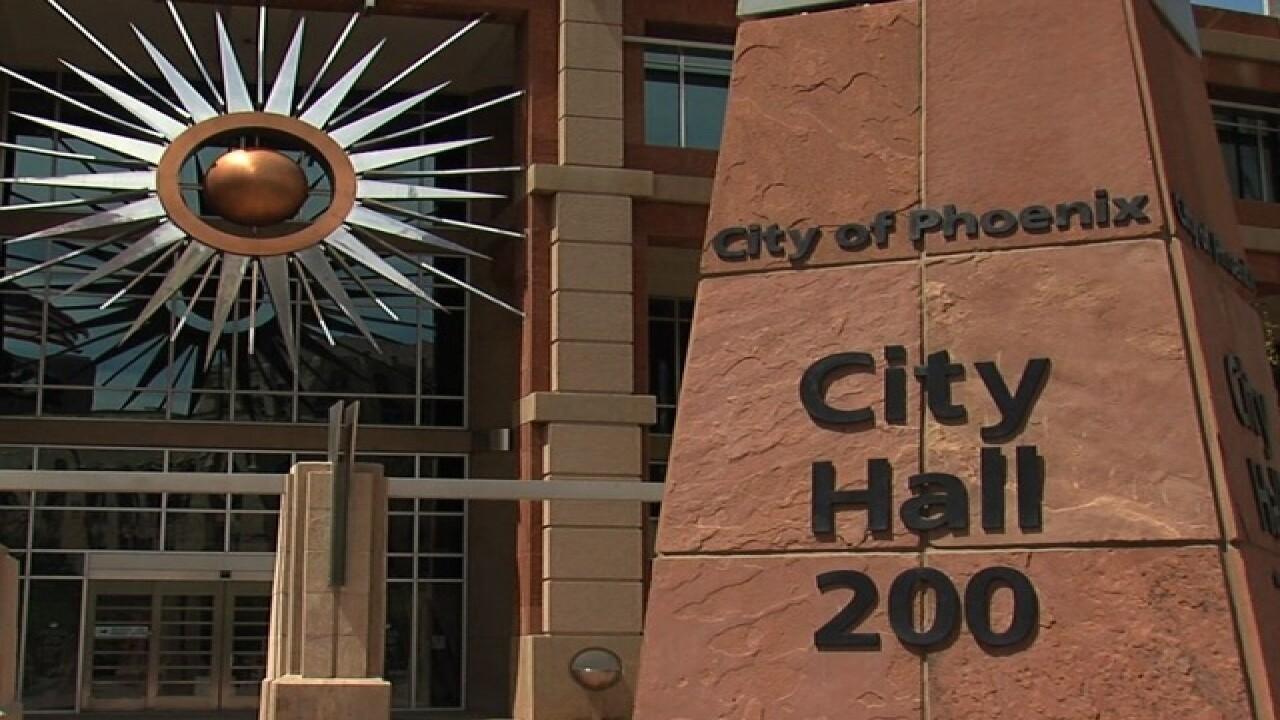 Report: PHX to vote on sanctuary city status