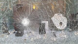 Smash_and_Grab_jewelry_Store_robbery.jpg