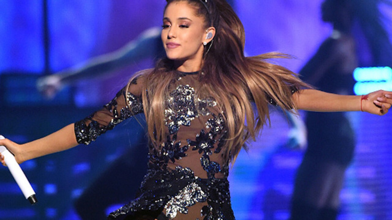 Ariana Grande to play Manchester concert on Sunday