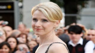 A Stranger Covered Elizabeth Gilbert's Open Car Window Amid A Storm And Left A Sweet Note