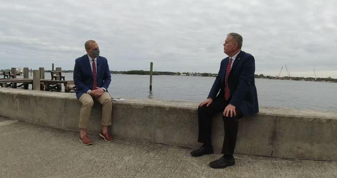 Michael Buczyner speaks to former Secret Service agent Tim Miller
