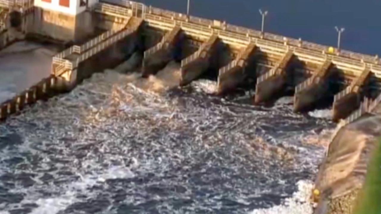 U.S. Army Corps of Engineers to reduce flows from Lake Okeechobee