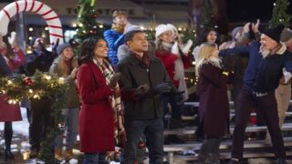 Hallmark Channel Is Airing A 7-day Holiday Movie Marathon For Thanksgiving