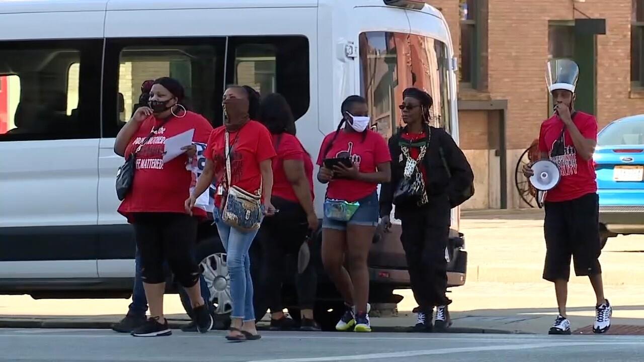 WCPO ohio families against police brutality.jpg