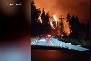 Boulder 2700 fire destroys structures near Finley Point