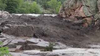Sheriff: 4 killed in flash flooding near Payson