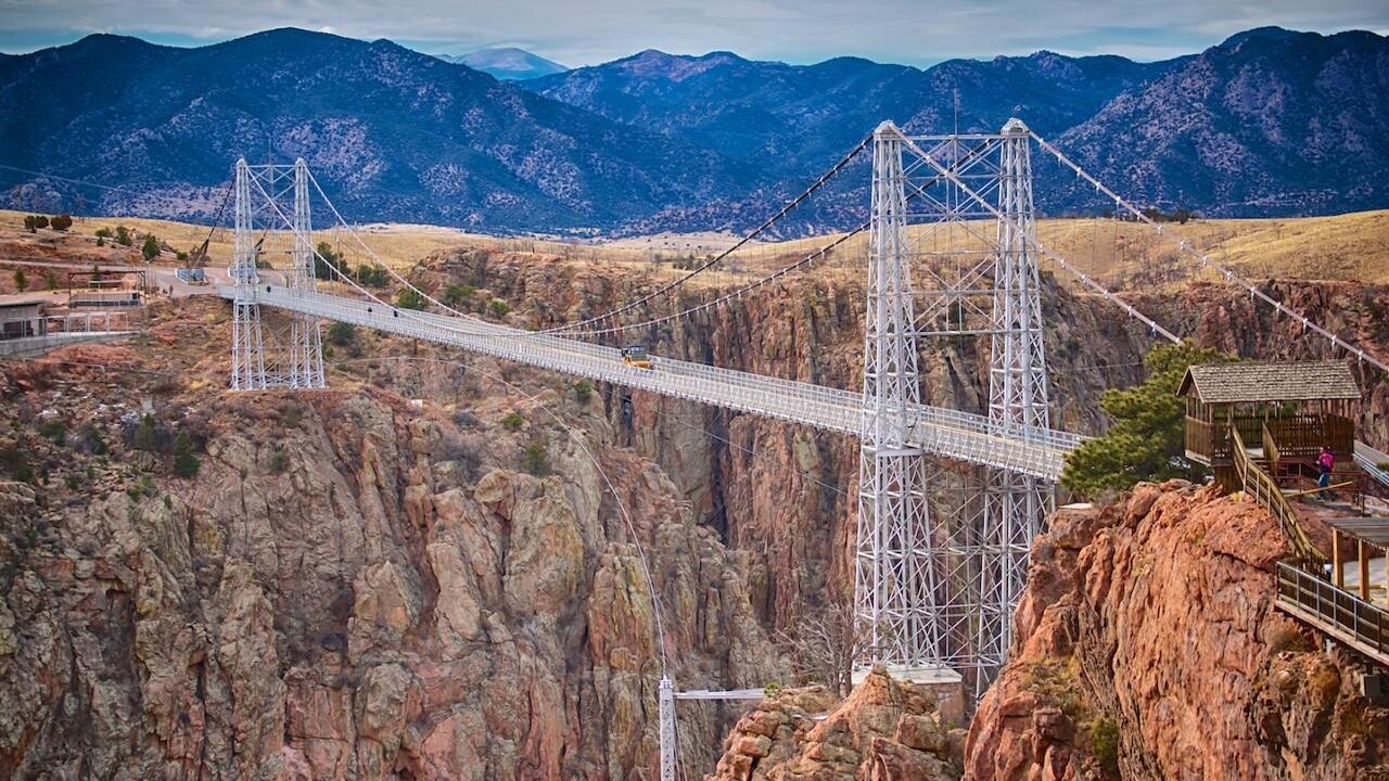 Jeep Tour on the Bridge