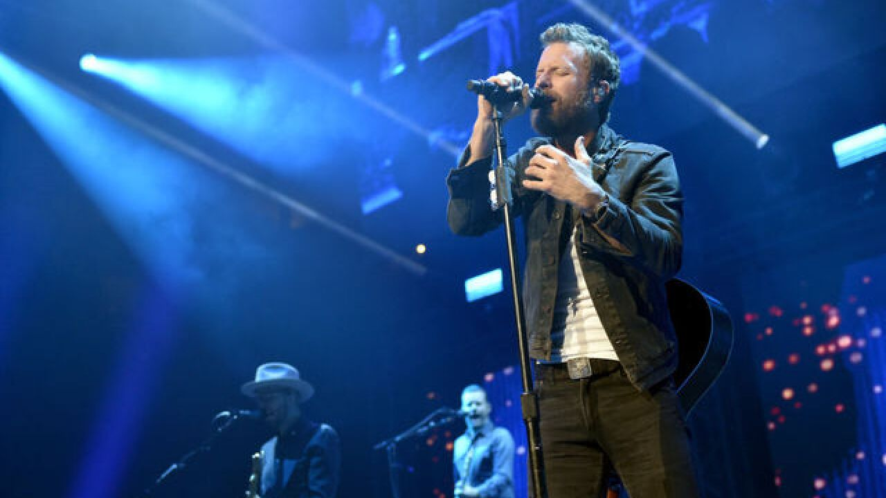 Dierks Bentley To Bring 2019 Burning Man Tour To Ruoff Home Mortgage