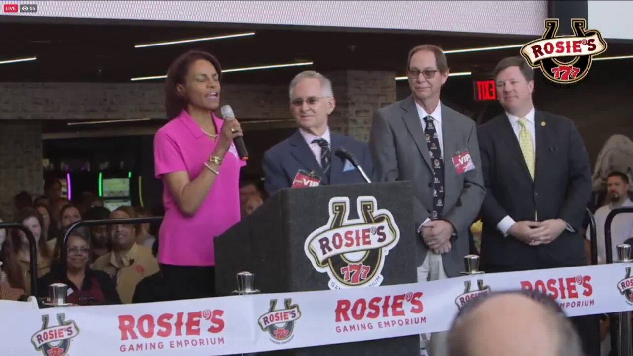 Rosie's at Colonial Downs opens in NewKent