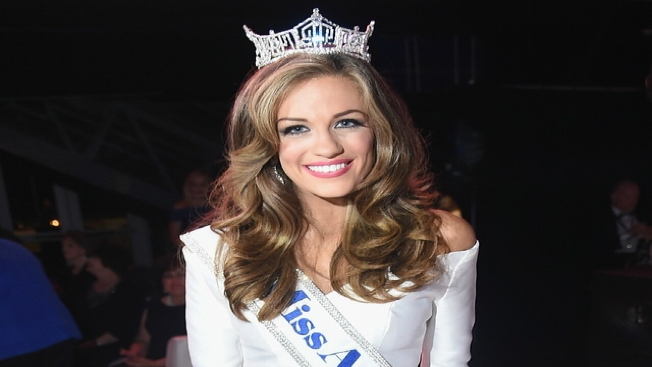 Miss Georgia Betty Cantrell wins Miss America