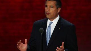 Governor Sandoval considers raising minimum wages