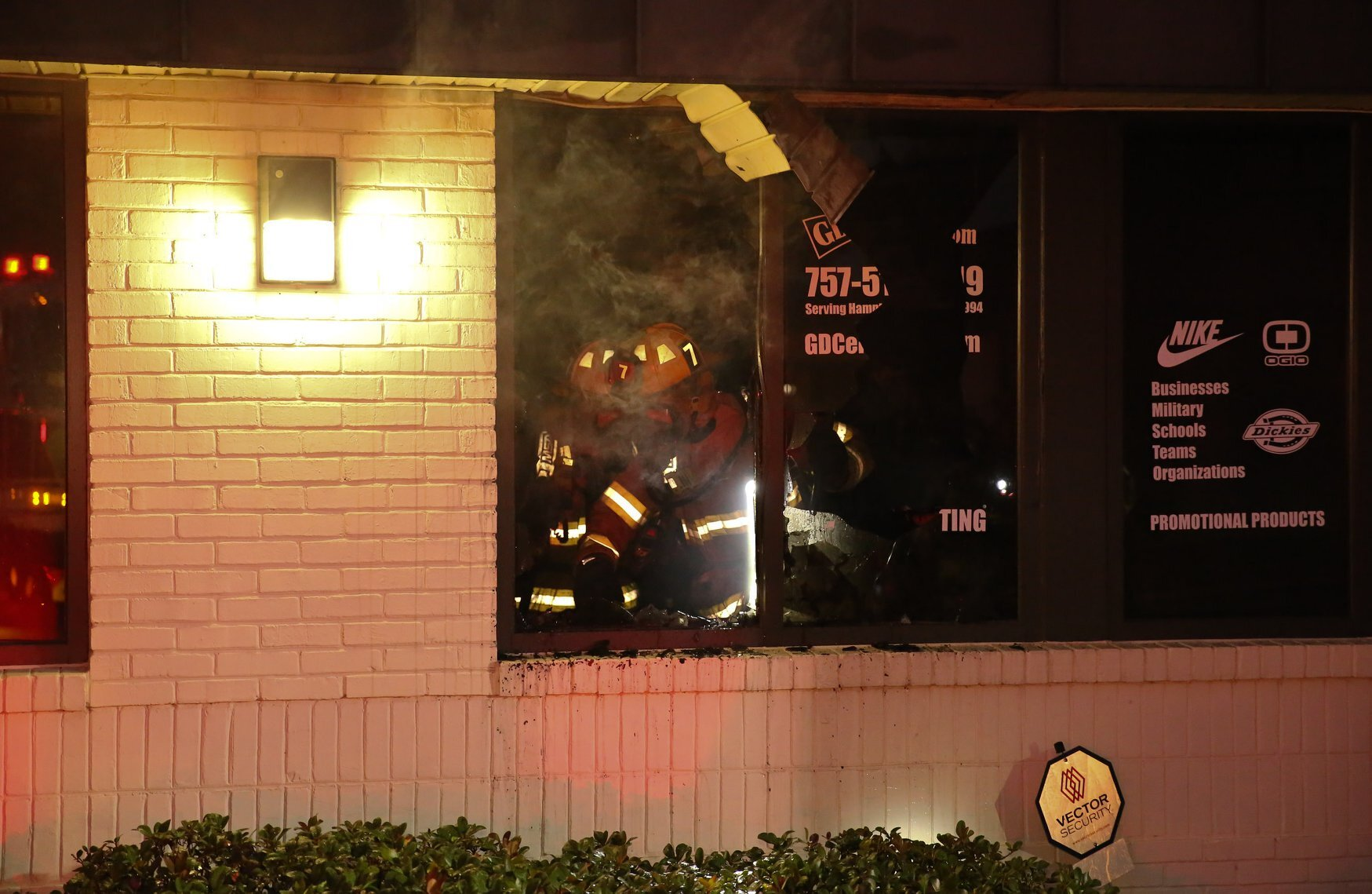 Photos: Virginia Beach crews respond to commercial fire