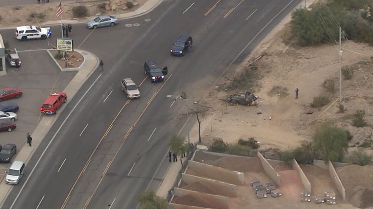 Police: One killed, one hospitalized in Phoenix crash